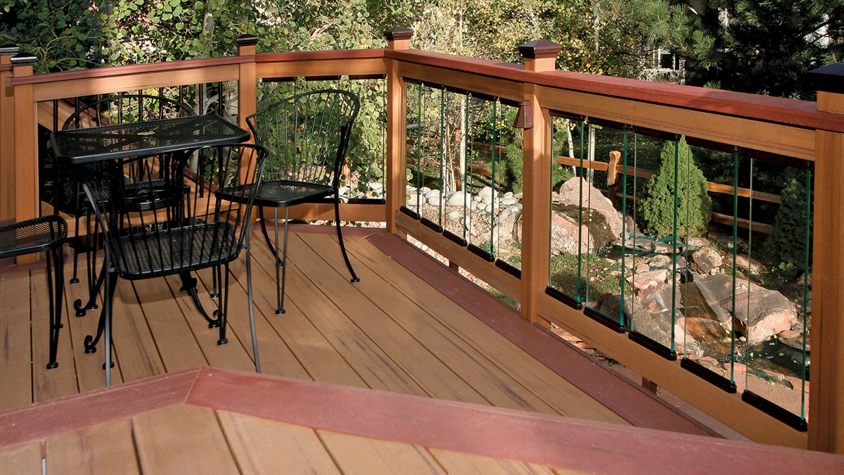Picture of: Durable Alternatives To Wood Deck Railings Fine Homebuilding