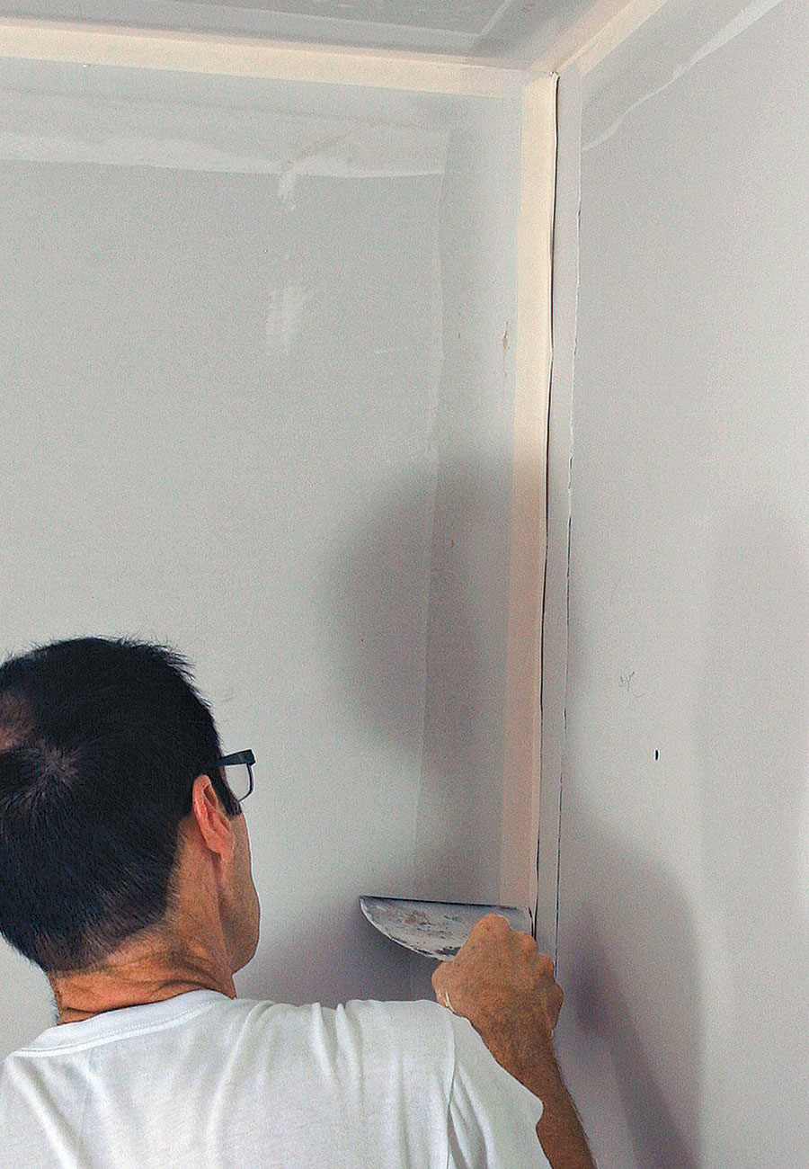 embedding drywall tape