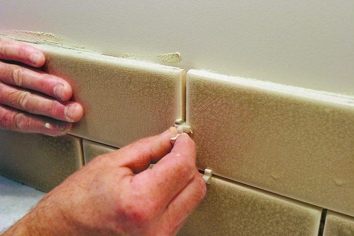 spacers between kitchen backsplash tiles