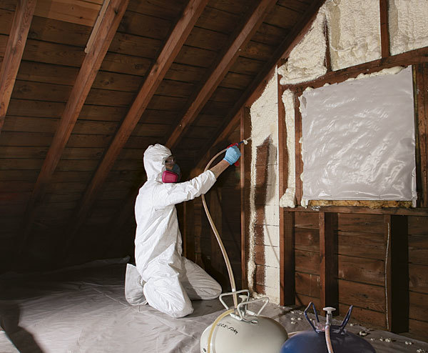 Spray foam for the rest of us fine homebuilding article image solutioingenieria