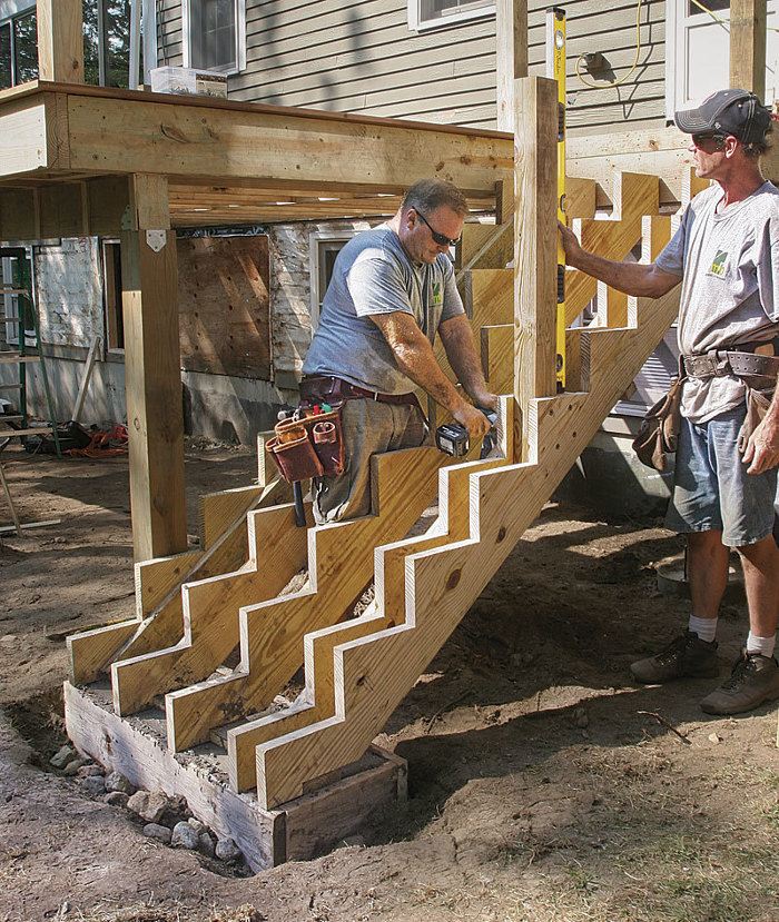 Stronger, Smarter Deck Stairs