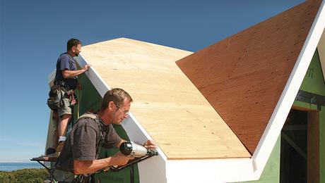 finest selection 6a951 8dad3 How to Install Exterior PVC Trim, Episode 1: Master Carpenter John Spier