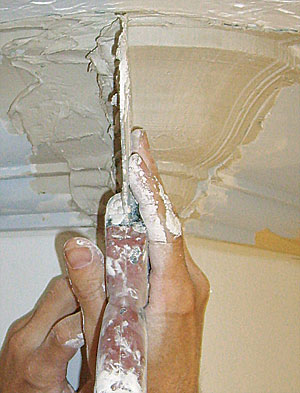 Sculpting A Radiused Crown Molding In Plaster Fine