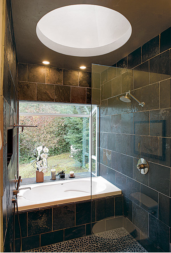 Wide Open Baths For Small Spaces Finehomebuilding
