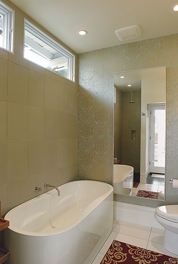 Wide Open Baths For Small Spaces Fine Homebuilding