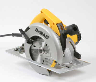 Dw364k circular saw fine homebuilding blade visibility fair guard operation very good brake yes adjustments excellent depth adjusted by way of extra large arm mounted mid shoe and locked in keyboard keysfo