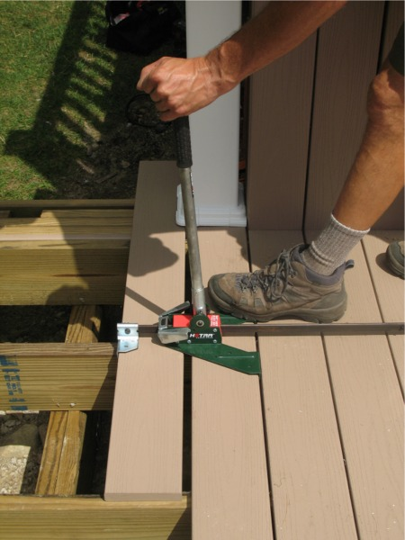 Power Hand Pulls And Pushes Deck Boards Together Fine