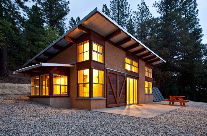 Cool Off The Grid Straw Bale Getaway Fine Homebuilding Interior Design Ideas Tzicisoteloinfo
