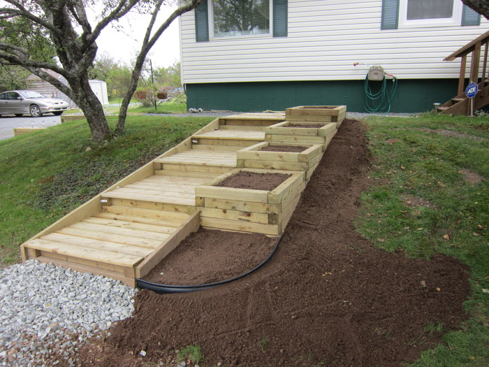Steps and planter boxes fine homebuilding for How to build box steps
