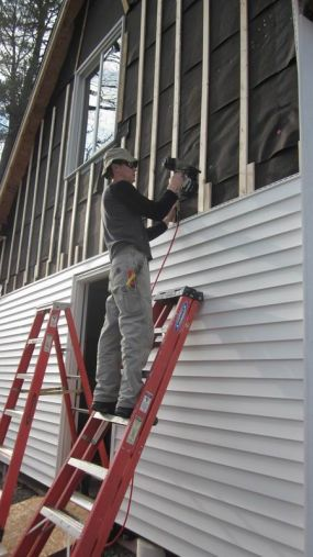 Should vinyl siding be installed over furring strips? - Fine