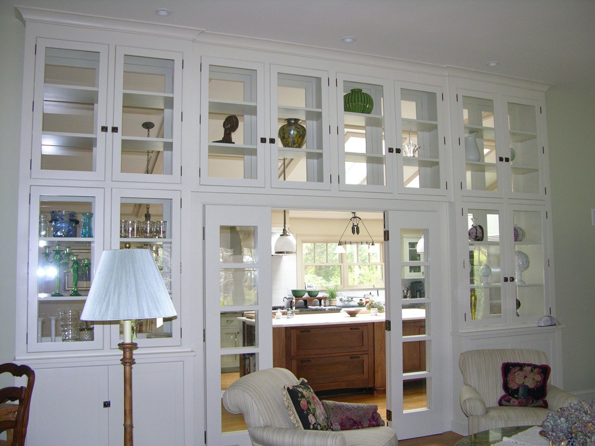Display Wall Cabinet - Fine Homebuilding