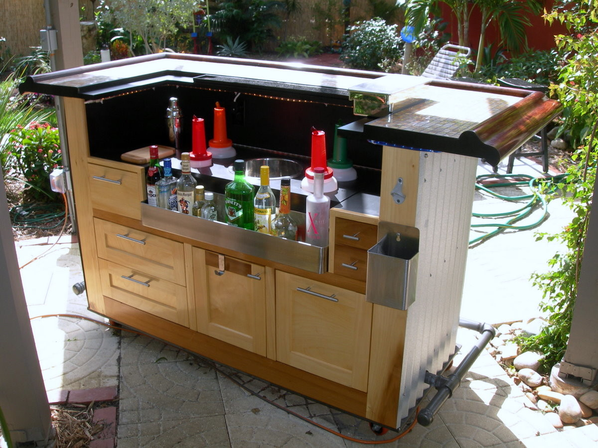 Backyard Bar - Fine Homebuilding on Small Backyard Bar Ideas id=51992