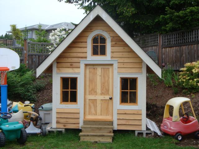 playhouse you know for kids fine homebuilding. Black Bedroom Furniture Sets. Home Design Ideas