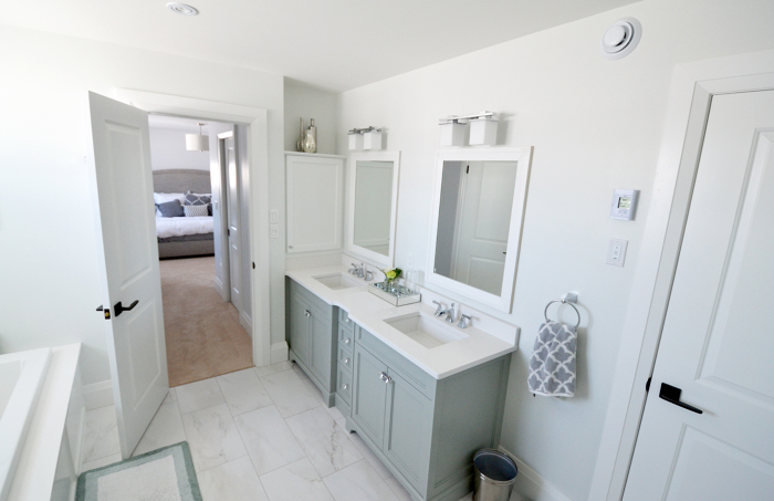 traditional master bathroom pretty the ensuite bathroom is separated from the master bedroom by passageway flanked walkin closets new traditional bath fine homebuilding