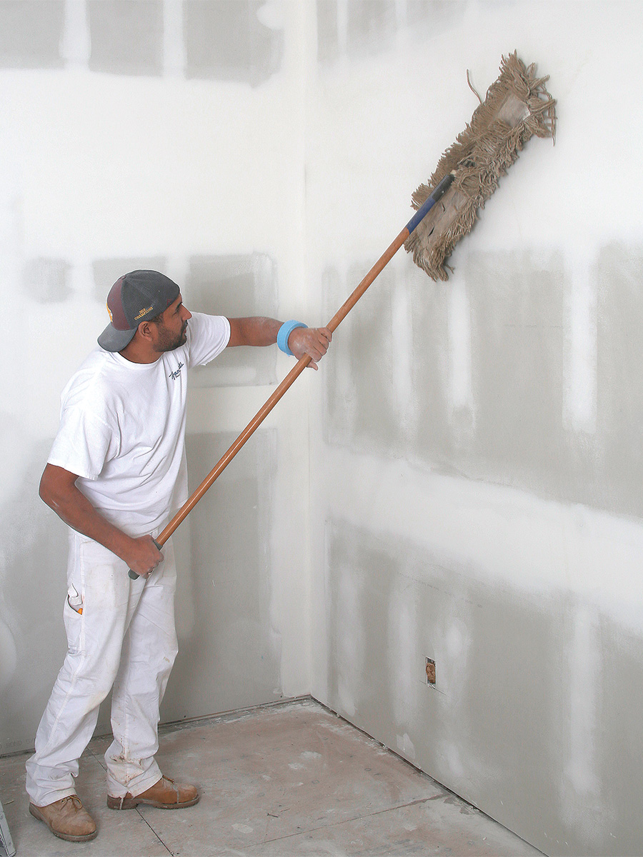 dusting walls for painting