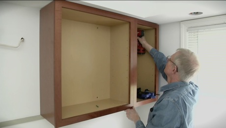 how to hang kitchen wall cabinets installing cabinets homebuilding 17016