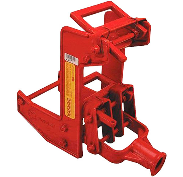 QualCraft Wall Jack is like a stout mini pump jack for lifting walls and beams.