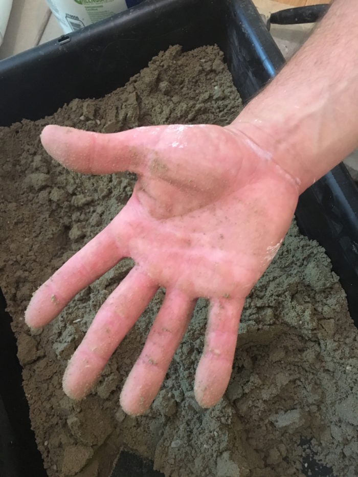 Once you drop the mortar out of you hand, your hand should be relatively clean and not wet