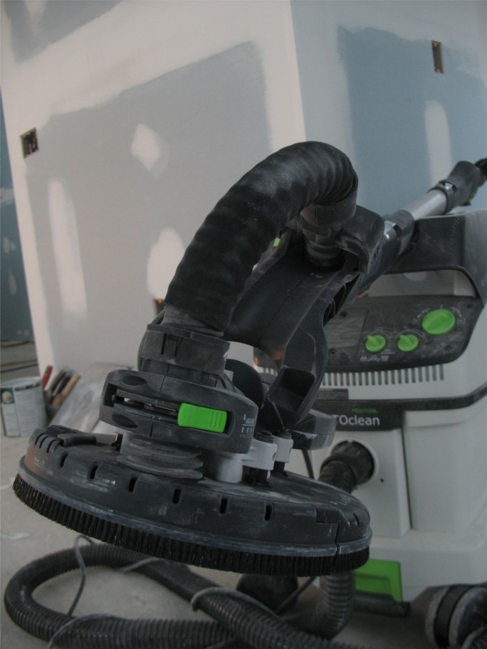 Anti Gravity Drywall Sander And Dust Collection System