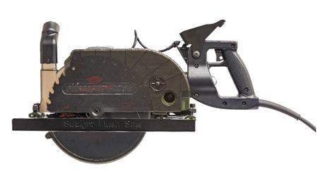 worm-drive circular saw