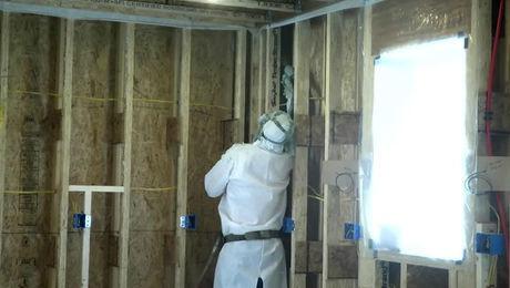 Buyers guide to insulation spray foam fine homebuilding prohome 2017 insulation solutioingenieria Choice Image