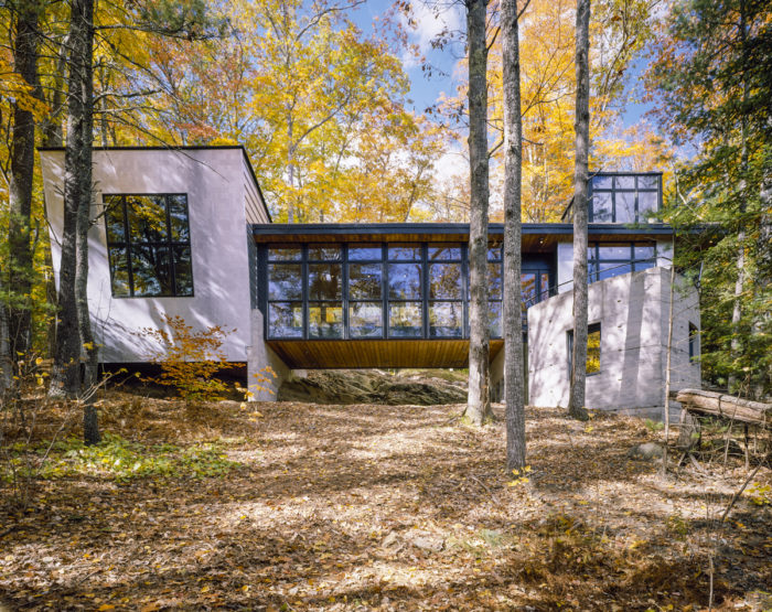 A Remarkable Modern House In The Maine Forest