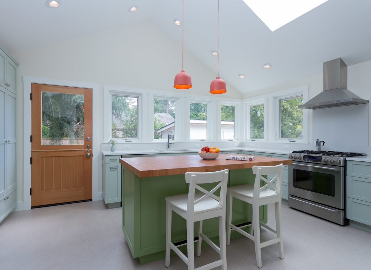 New Sunny Family Kitchen - Fine Homebuilding