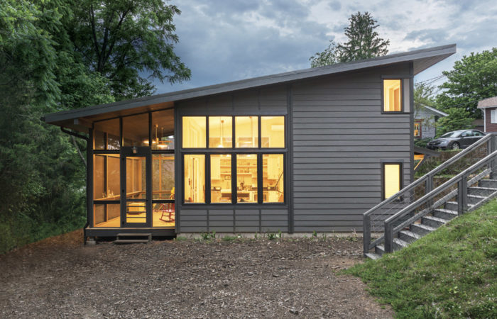 Synopsis the 2018 best small home award goes to duncan mcpherson and margaret chandler of samsel architects for designing a 816 sq