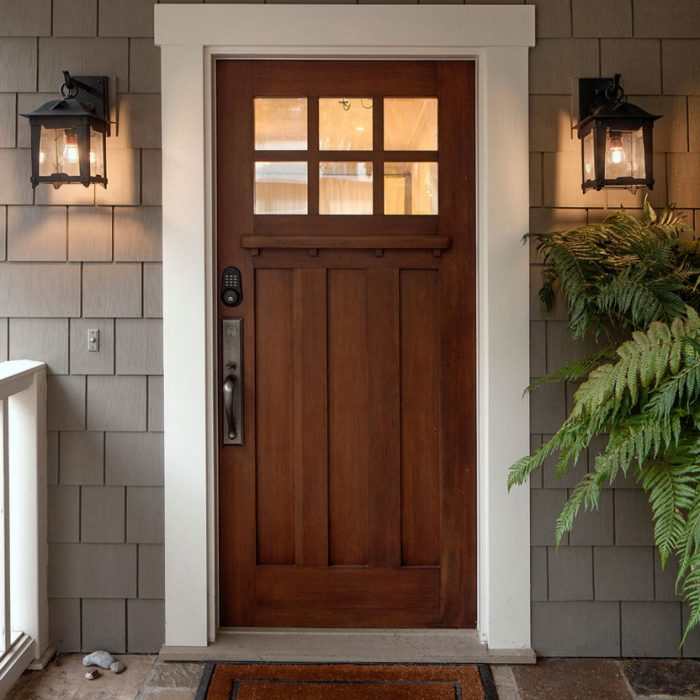 How to choose an exterior door