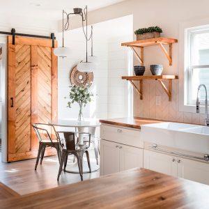 MODEST HOUSE Kitchen