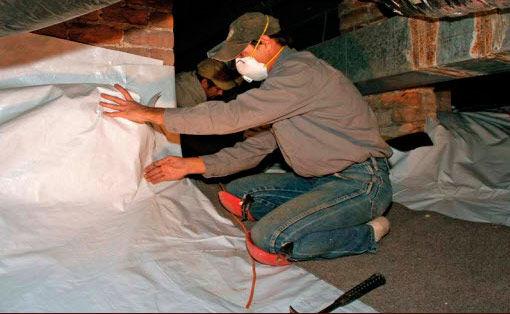 Sealing a crawlspace