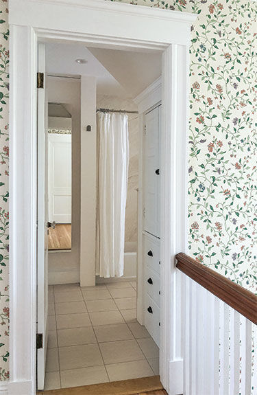 bathroom vestibule