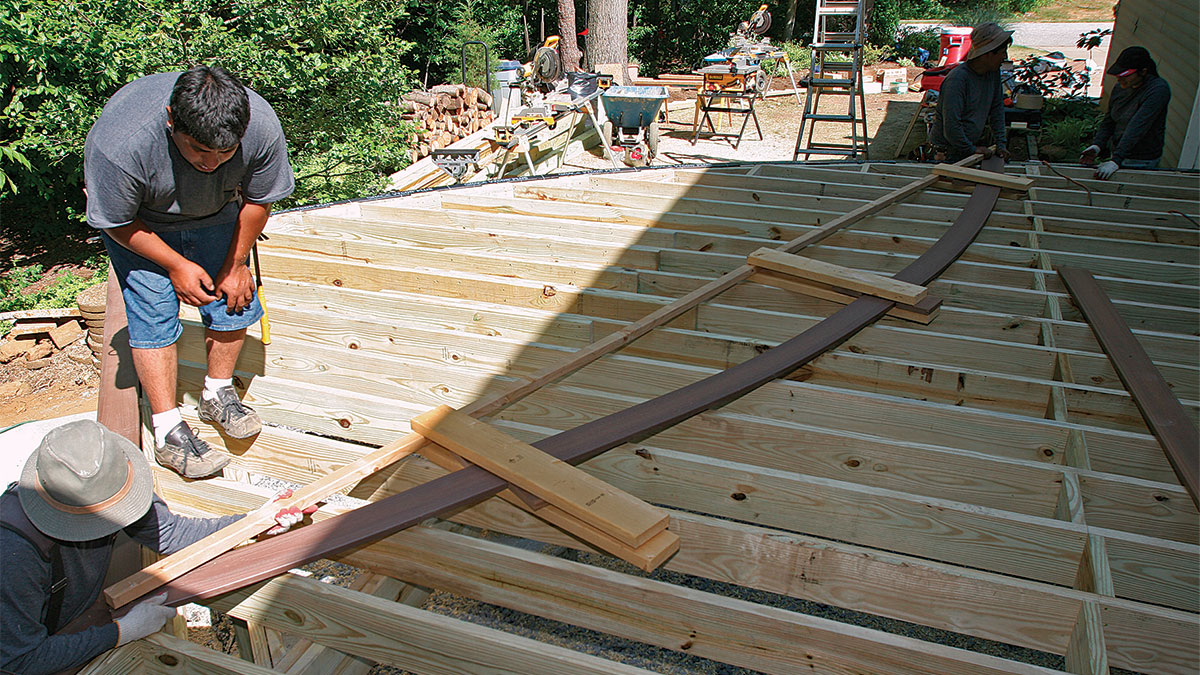 trace a deck accent