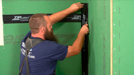 Installing ZIP System Sheathing: Taping Seams and Corners