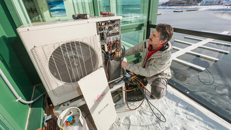 Heat pump for cold air. Ever-increasing efficiency at low temperatures has helped make minisplit heat pumps an attractive contender for cooling and heating, even in northern regions.