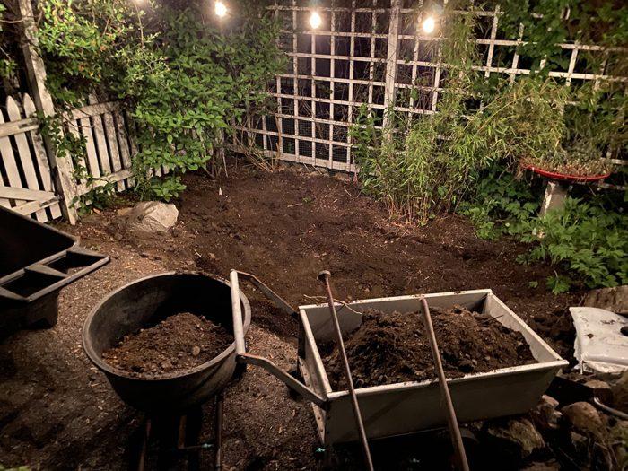 rob-courtyard-2