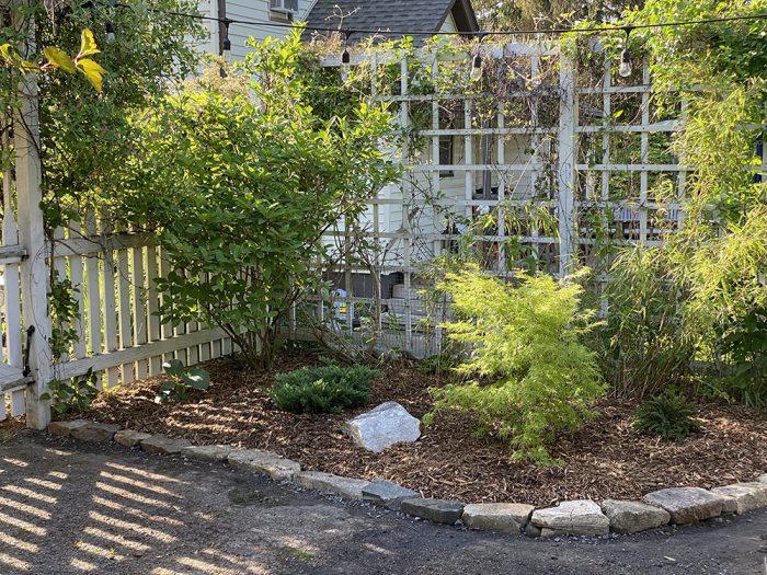 rob-courtyard-4