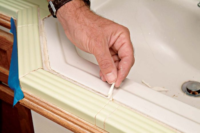 Pull and peel away any old caulk that comes out with ease.