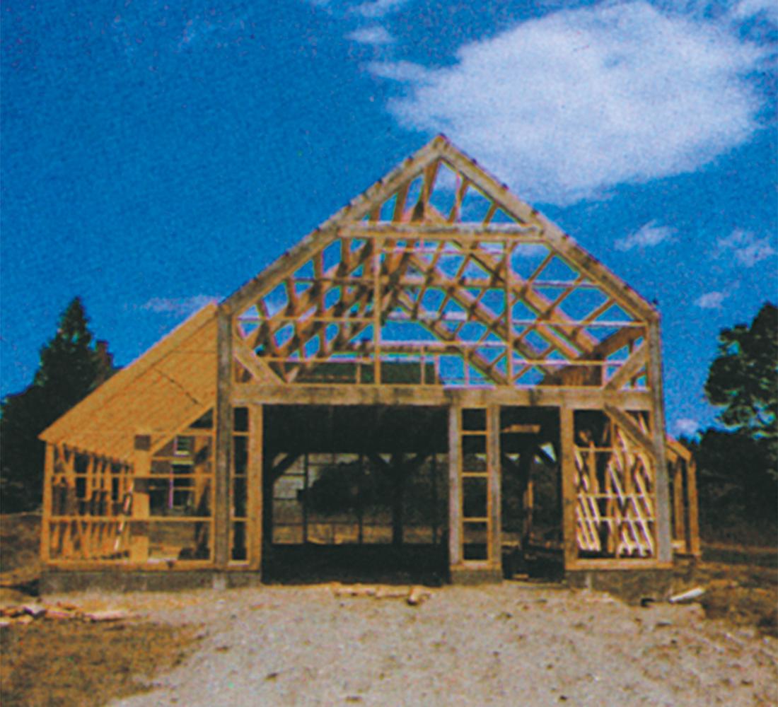 modern saltbox under construction