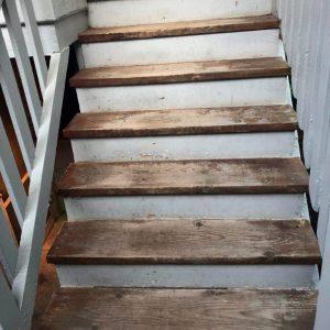 Larrys-outdoor-steps