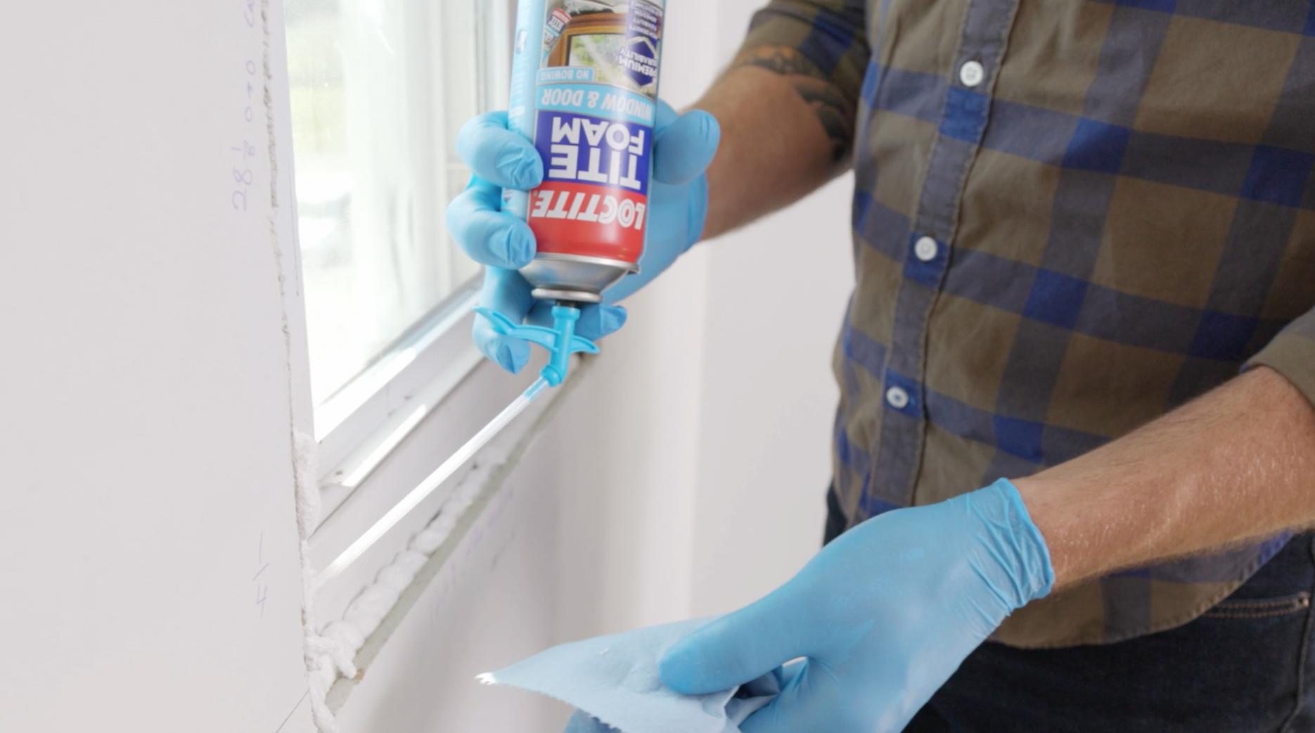 Insulating with TITE FOAM Windows & Doors