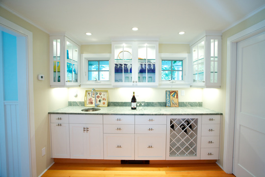 Wet Bar Storage Solutions - Fine Homebuilding