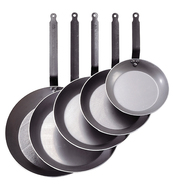 Photo of de Buyer Professional Carbone Plus Round Fry Pan View 1