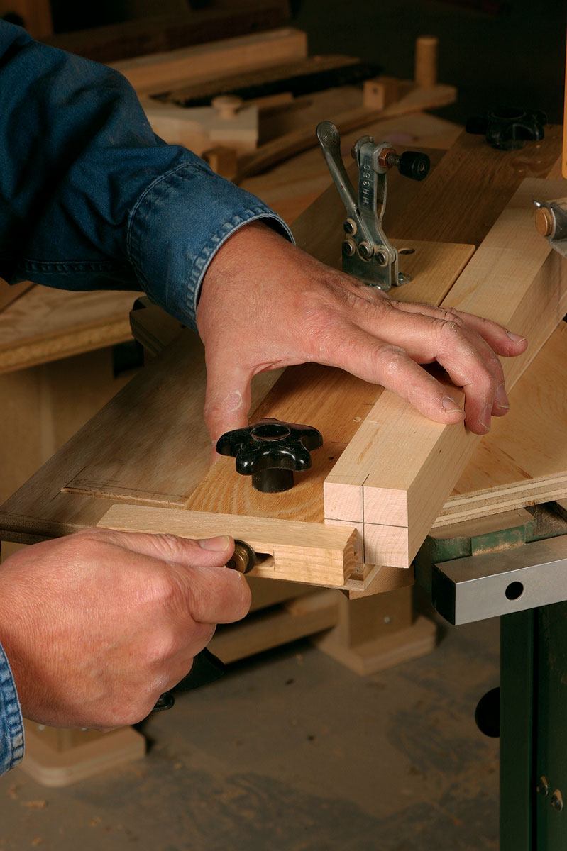 Five Essential Bandsaw Jigs