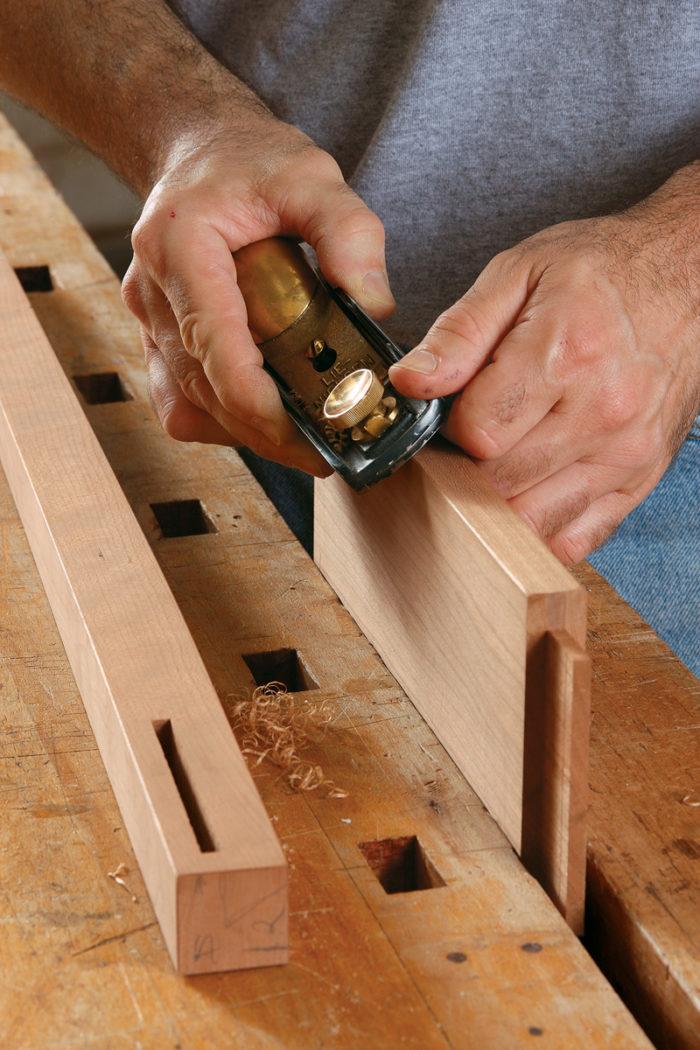 Hand sanding breaking edges