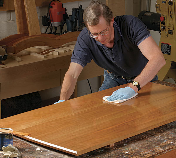 Tabletop Finish With a Hand-Rubbed Feel - FineWoodworking