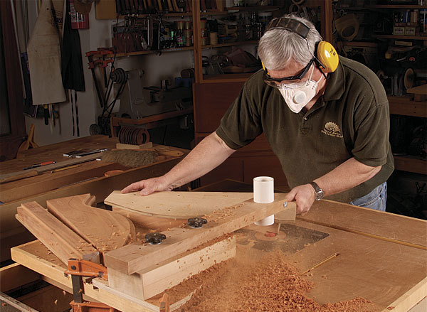 Curved Moldings On The Router Table Finewoodworking