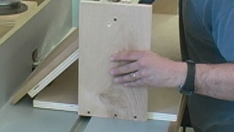 Essential Router-Table Jigs: Miter-Angle Sled