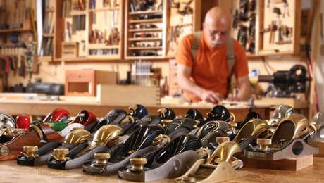 tips and tricks for how to choose and use a block plane