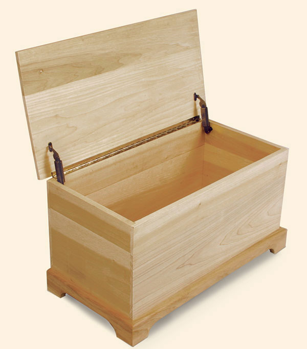 shaker style toy chest finewoodworking. Black Bedroom Furniture Sets. Home Design Ideas